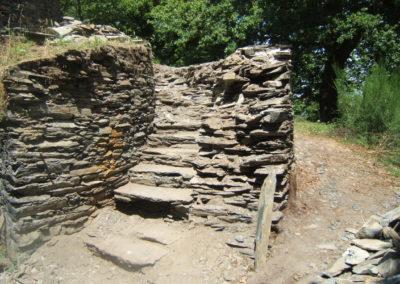 Escalier en ruine