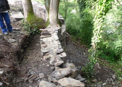 Ruines du mur d'enceinte pour reprise construction